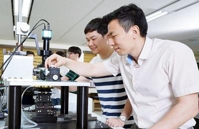 Professor Wonbin Hong Named Scientist of the Month