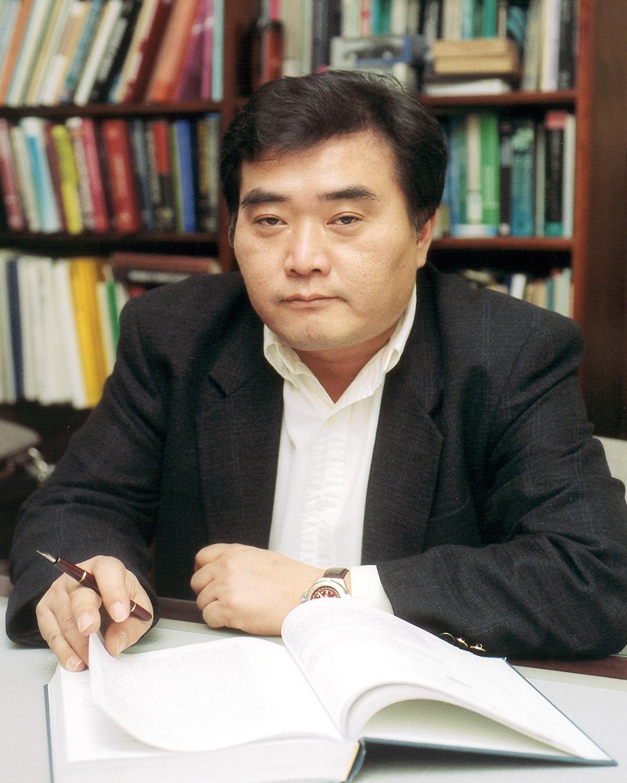 포항공과대학교 기계공학과 황운봉 교수