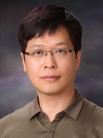한욱신 교수