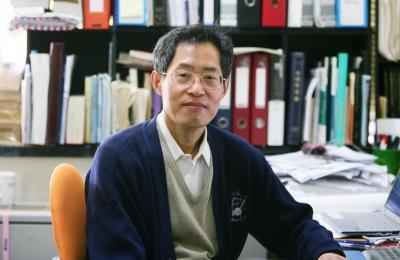 물리 민병일 교수, 제39회 스승의 날 근정포장 수상